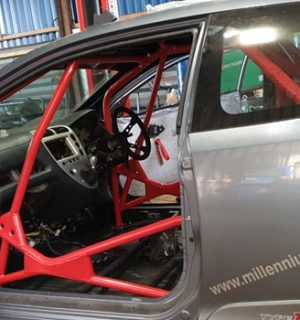 Honda Civic EP3 Bolt in Multipoint Competition Roll Cage